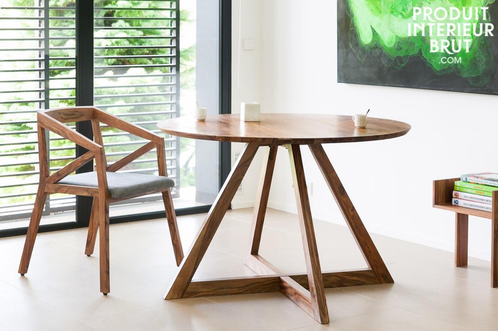 Une table scandinave de style vintage, aussi originale qu'élégante…